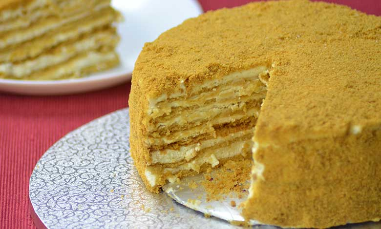 Honey Cake FAMOUS AND THE MOST AMAZING RUSSIAN HONEY CAKE